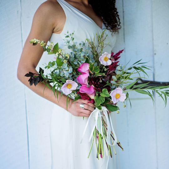 Medium size bridal bouquet