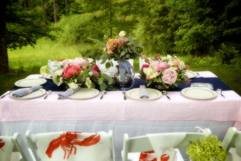 Pinks and corals table decor