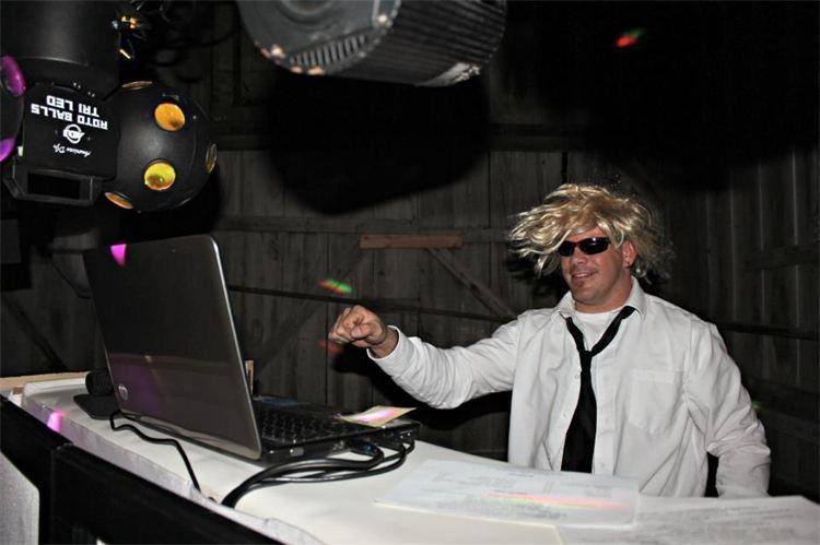 Partying DJ
