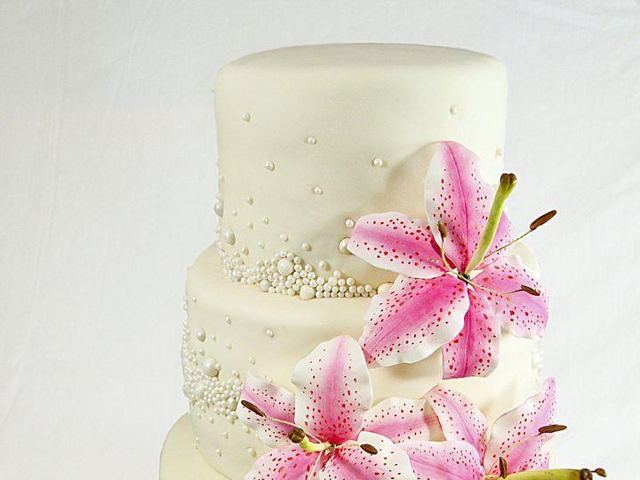Tmx 1424291933079 Stargazer Lily Cake Owosso wedding cake
