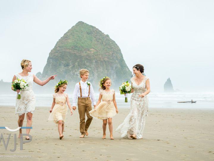 Tmx 1481735420117 Fosterst.clairfamilybeachcreative Celebrations Lake Oswego wedding planner