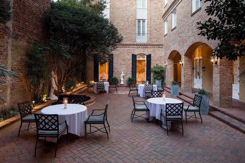 banquetcourtyard