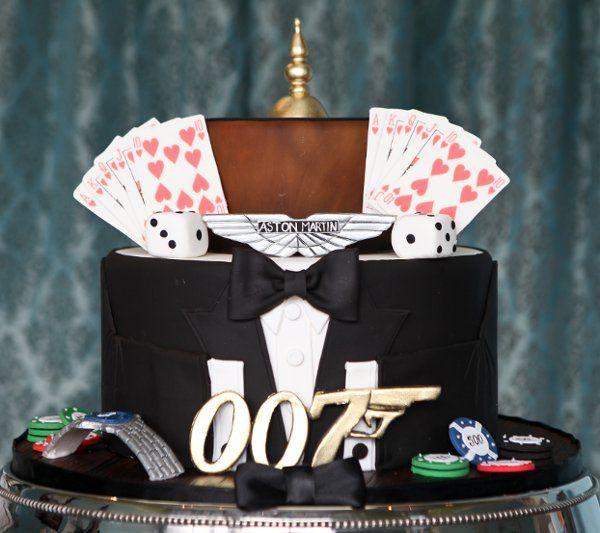 Agent cake theme
