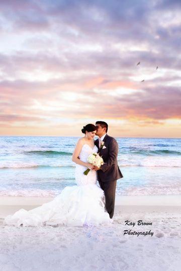800x800 1505305228879 Chavez Wedding 1158 Rt
