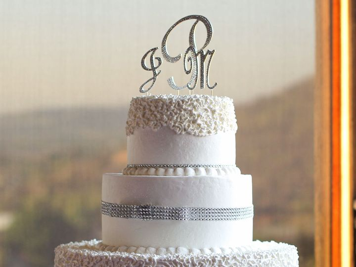 Tmx 1519259850 F38d99dacd6145d7 1519259848 78b7caa0a0e68989 1519259821143 14 Lace Wedding Cake Fullerton, California wedding cake