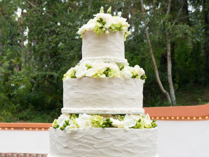 Tmx 1519259956 6ff48a5fd5073b99 1519259954 D55fe80f7c9b5d6e 1519259920787 21 Rancho Las Lomas  Fullerton, California wedding cake