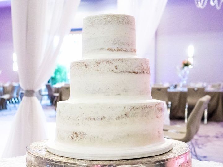 Tmx 1519260069 B53e596ae3412b3a 1519260066 Ee622bb54a9cb930 1519260038835 1 Semi Naked Wedding Fullerton, California wedding cake