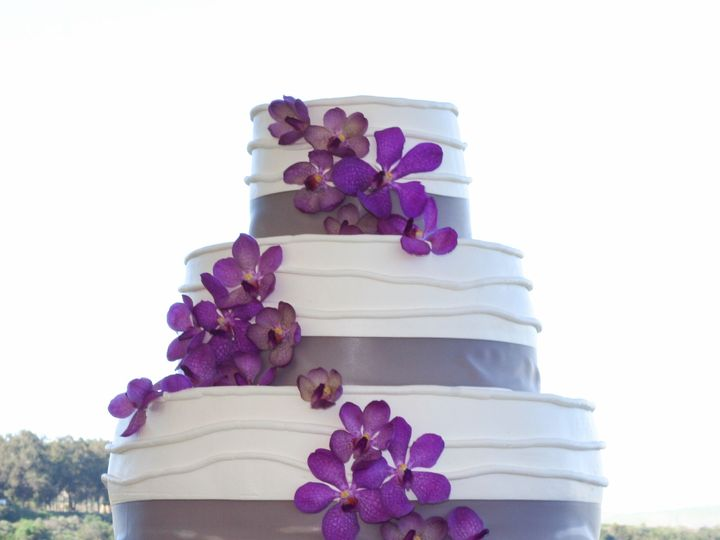 Tmx 1519260446 9503a2b4782329e3 1519260445 B7bb20fab1869c0b 1519260428054 14 Wedding Cake Stan Fullerton, California wedding cake