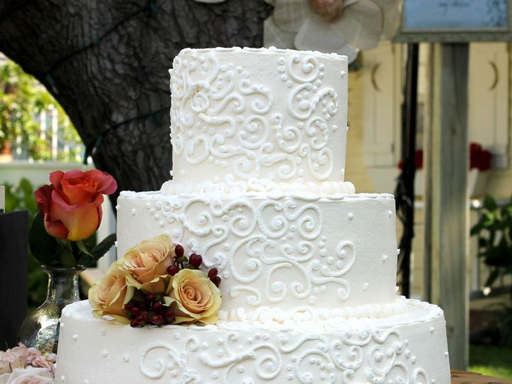 Tmx 1519260520 8aa4466e0d6acadc 1519260518 D151ebf58ec5ed36 1519260498776 17 Wedding Cake Whit Fullerton, California wedding cake
