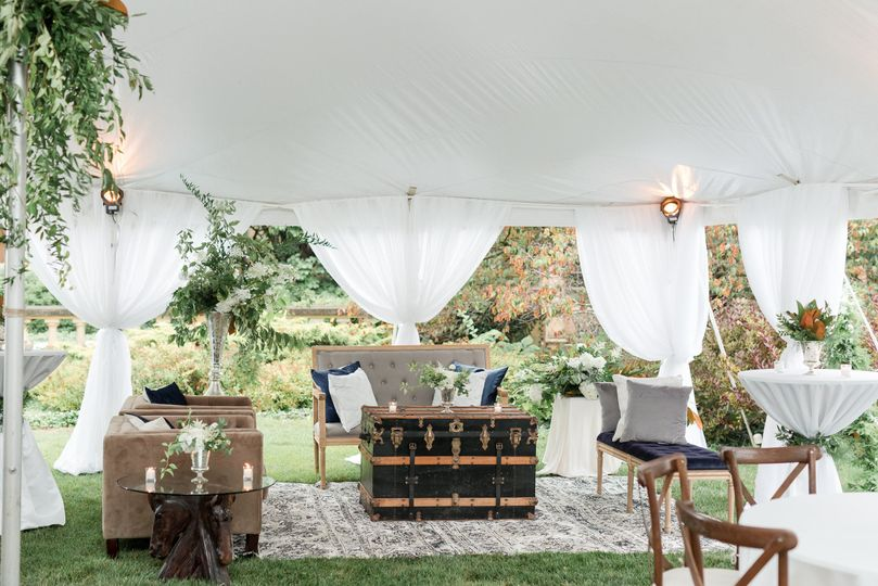 Reception on the Great Lawn | Maison Meredith Photography