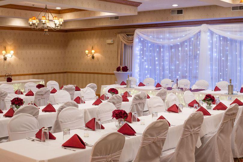 090a40307f586137 Wedding Setup Classroom Style 5