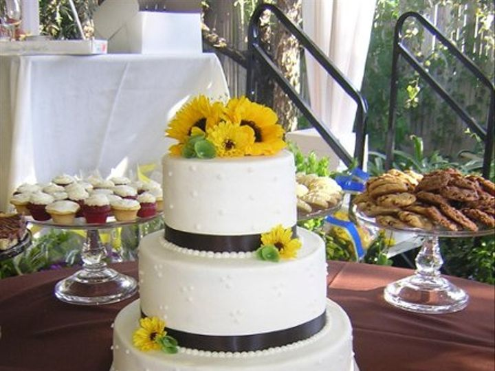 Tmx 1250145884527 CakeWithDrum Modesto wedding cake