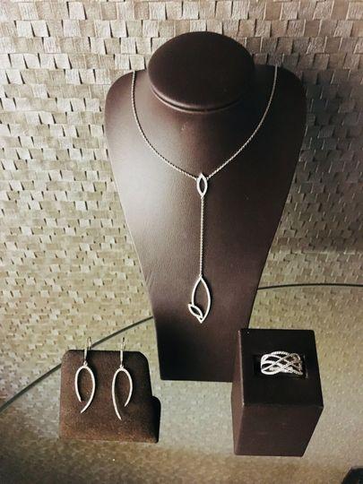 Diamond fashion jewelry