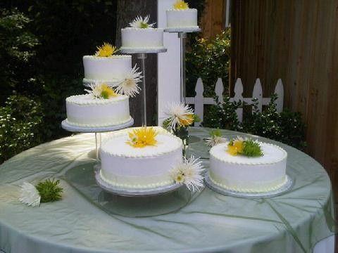 camerons bakery wedding cake auburn ny weddingwire. Black Bedroom Furniture Sets. Home Design Ideas