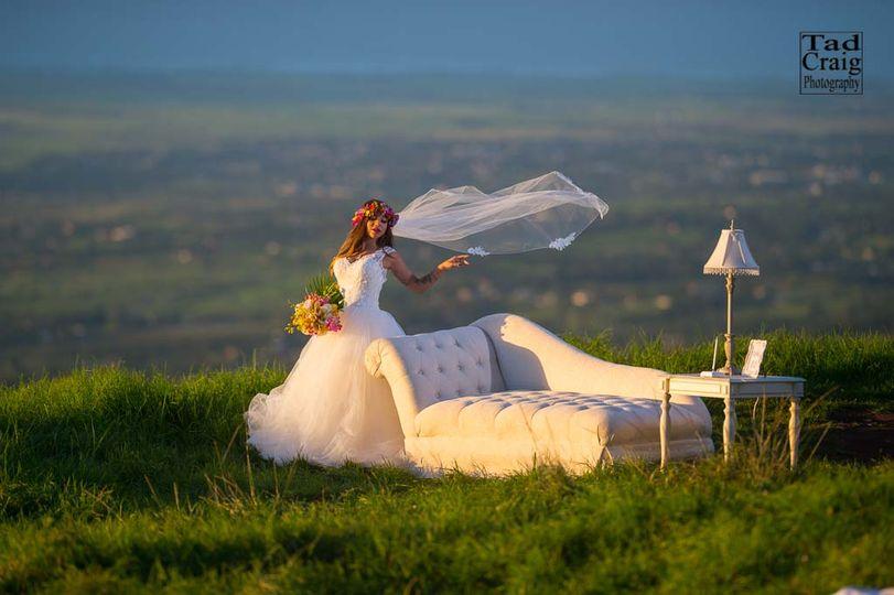 Elly's Formalwear Bridal