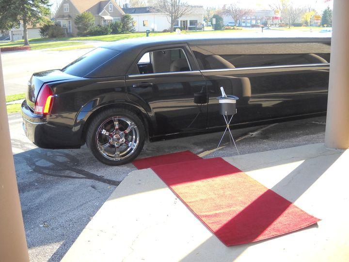 Tmx 1509035771947 Limo3 Milwaukee, Wisconsin wedding transportation