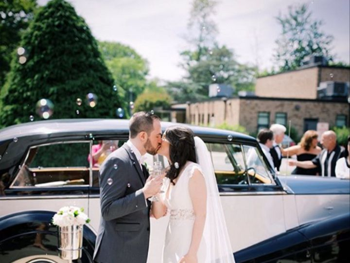 Tmx Wraith Red Carpet Service Champagne Toast Kiss 51 79854 161740676286101 Bergenfield, New Jersey wedding transportation