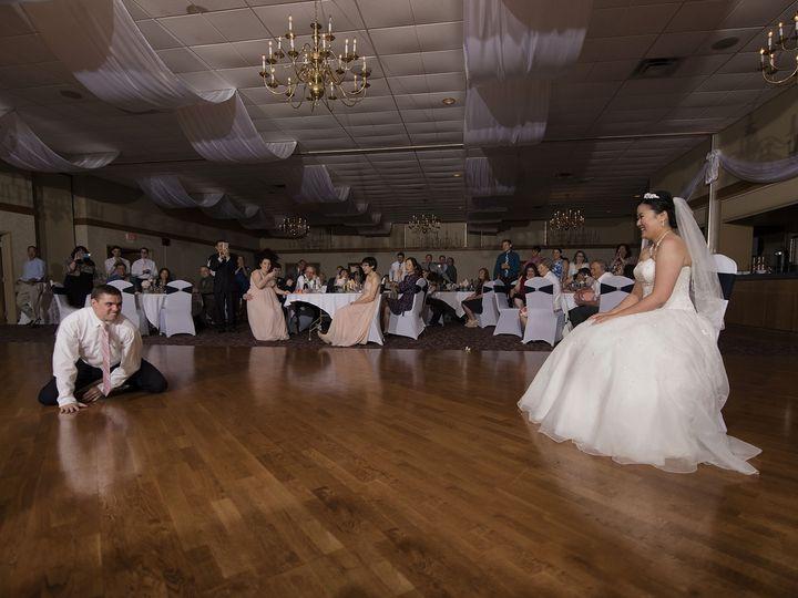 Tmx 1522368504 46797bbc18932591 1522368503 80627c87d3ce9a96 1522368503281 25 ZhenWilliam 307 Twinsburg, OH wedding venue