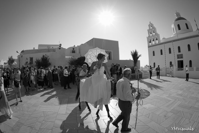ymvisuals arriving at the church in santorini