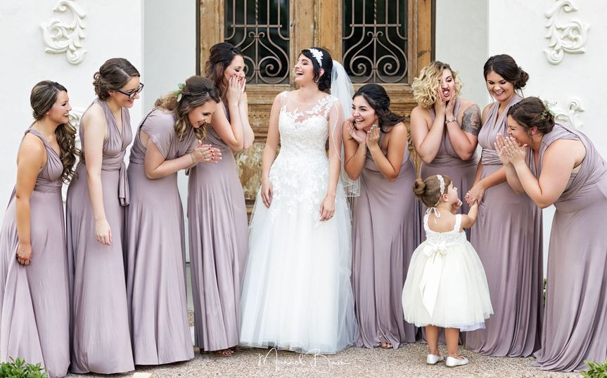 11fe0fd16e4df147 1517541707 0d074c65f1b58817 1517541693951 5 bridal party weddi