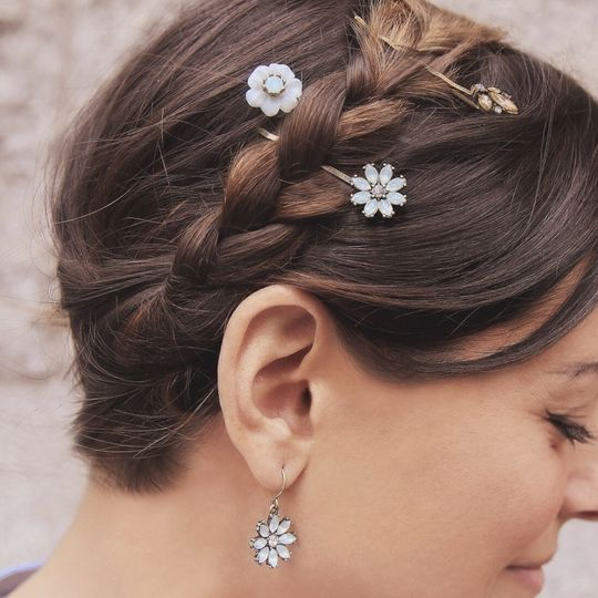 For the bride or the brides maids, it is all about the hair. Beautiful hair accessories to...