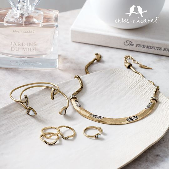 Choosing corresponding jewelry for your Bridesmaids is a snap. The Geovista collection.Created with...