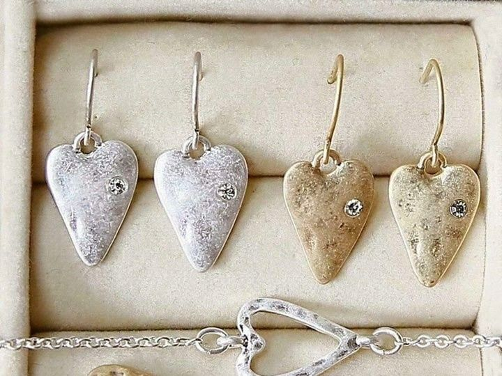 Tmx 1458263241090 Img2468 Briggsdale wedding jewelry