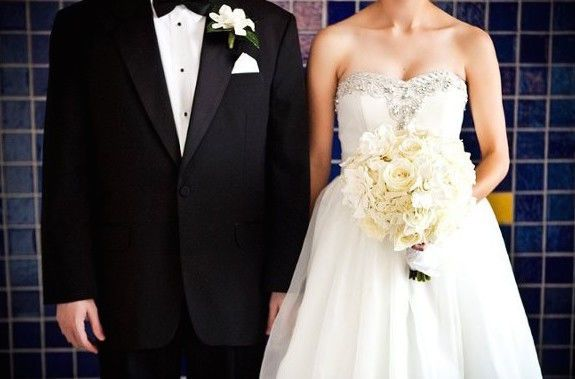 Tmx 1529421108 32e43bee9f50ccf0 1529421107 E7b41a6f4aade621 1529421107108 1 800x800 1326225785 Saint Petersburg, FL wedding florist