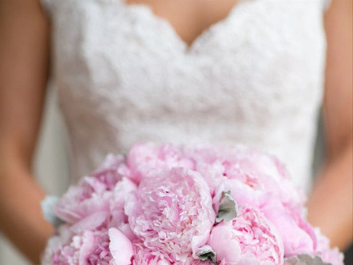 Tmx 1529421364 7416d9e46bd70f33 1529421363 23ef38e77ca7517c 1529421361337 9 800x800 1423685956 Saint Petersburg, FL wedding florist