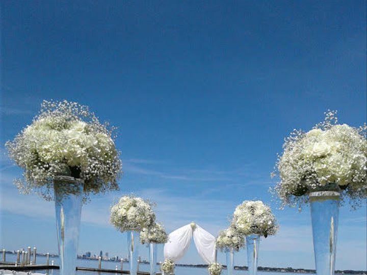 Tmx 1530816558 4284b56fffa22595 1530816557 8ac7ed17636eda35 1530816557012 2 20170408 154241 Saint Petersburg, FL wedding florist