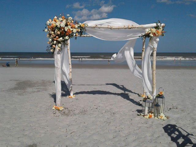 Tmx 1530816558 6b44ffe4fb9e0f60 1530816557 D1b55b0f07909f01 1530816557008 1 20170331 161922 Saint Petersburg, FL wedding florist