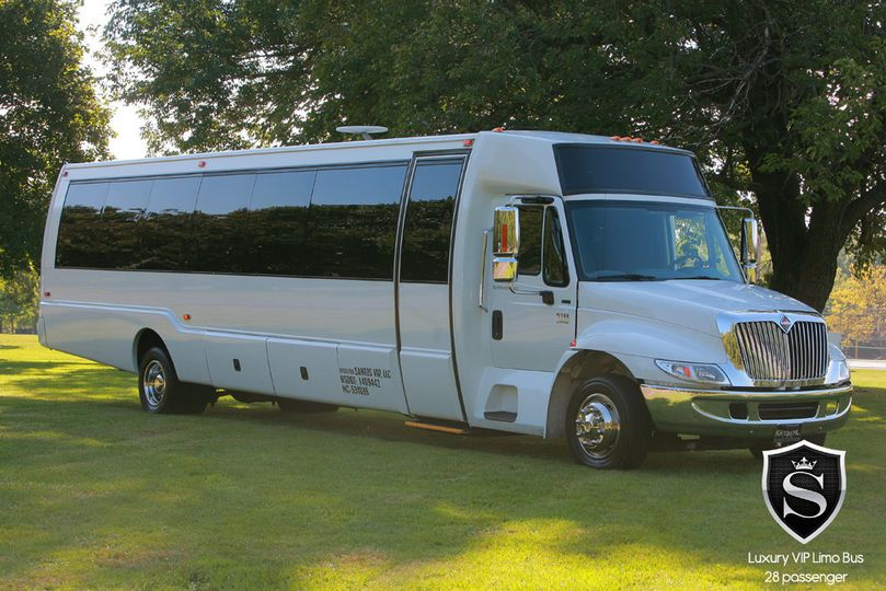 28 passenger limo coach party bus