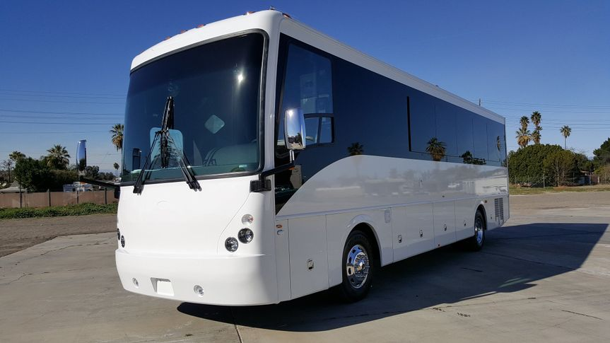 32 passenger limo coach party bus