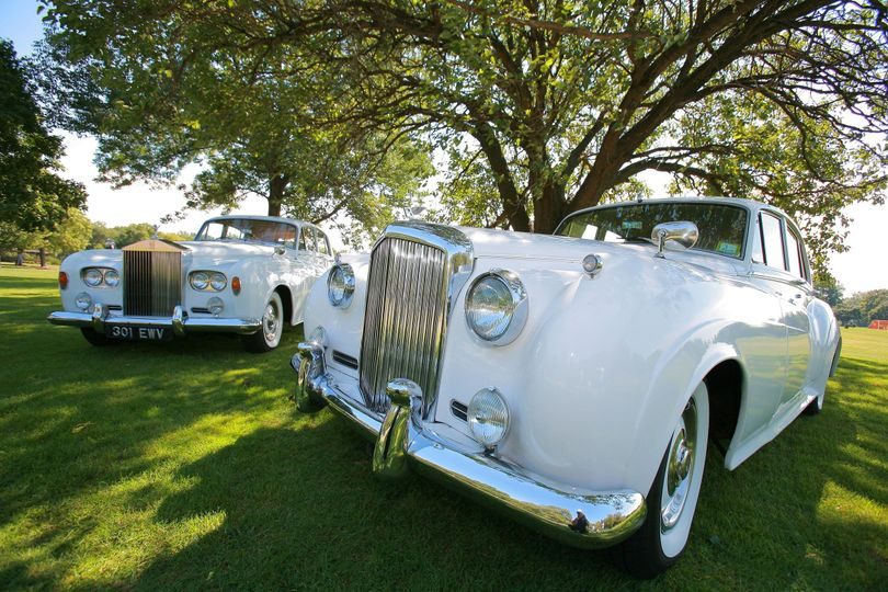 1964 rolls royce silver cloud iii - left1962 bentley s2 - right