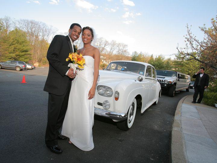 Tmx 1515702892 Ef9ddd9004f9e948 1515702889 B5bbe9cfcba889aa 1515703188902 10 By Carlos Martine Avenel, NJ wedding transportation