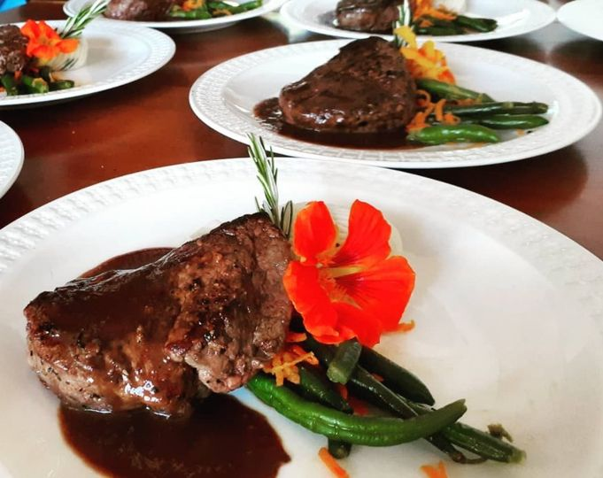 steak and flowers 51 964064 159789180248780