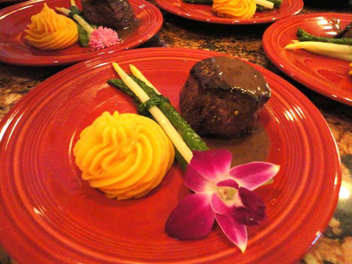 Tmx 1490036354579 Chefjeff Entree Beef Minneapolis, MN wedding catering