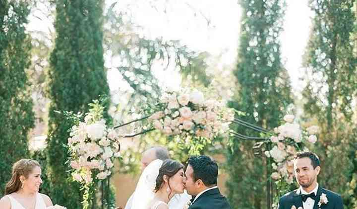Parvani Vida Bridal & Formal