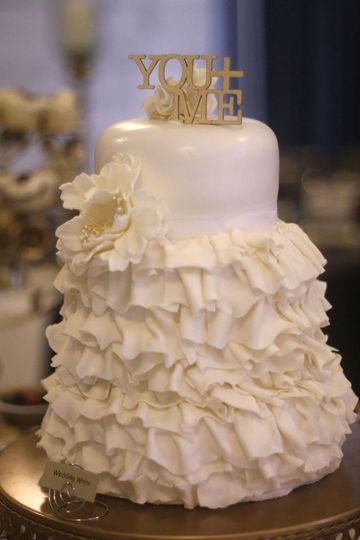 800x800 1453314603365 wedding cake tracy steinbach