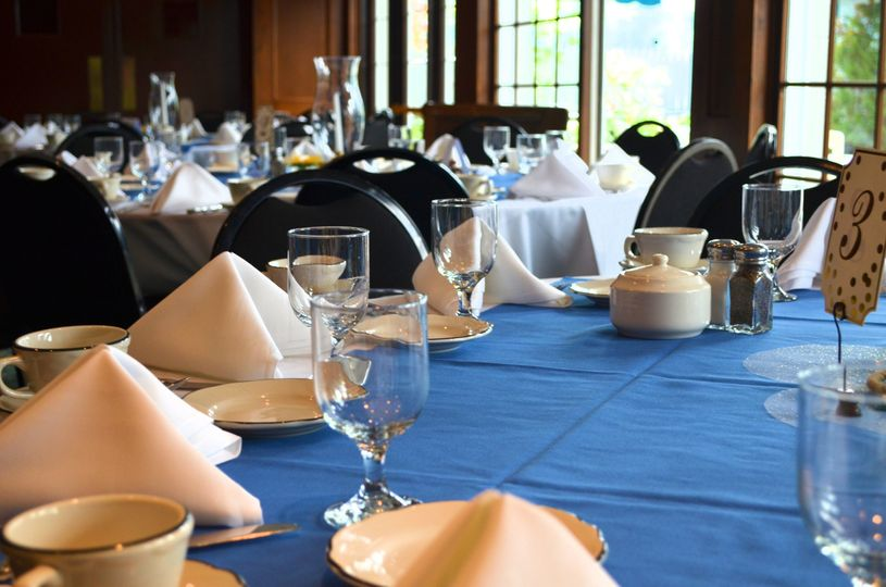 Table setting and blue table linen