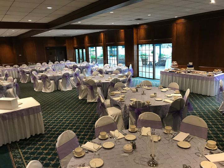 Purple table and chair decor