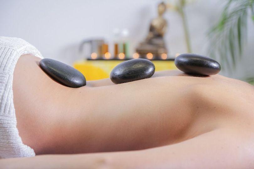 Massage with stones
