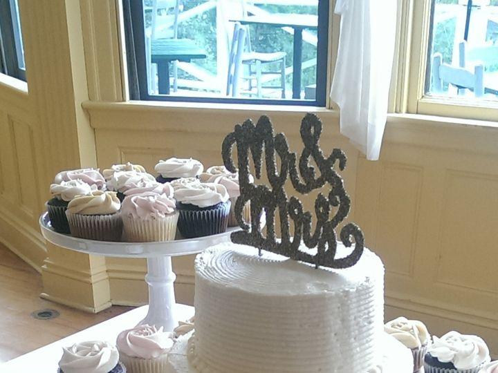 Tmx 1482333437394 Imag4490 Bar Harbor, Maine wedding cake