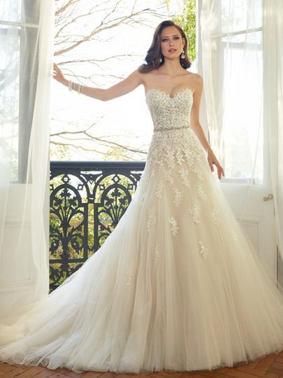 Lace heart neckline wedding dress