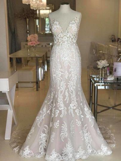 Lace wedding dress with mermaid bottom