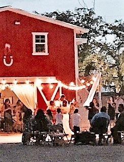 red barn wedding 3 2 51 1004164
