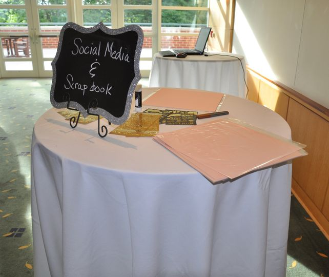 weddingscrapbook social media