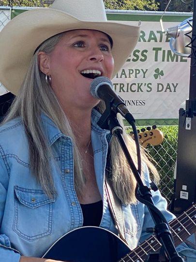 Lead Vocalist, Audrey Hicks