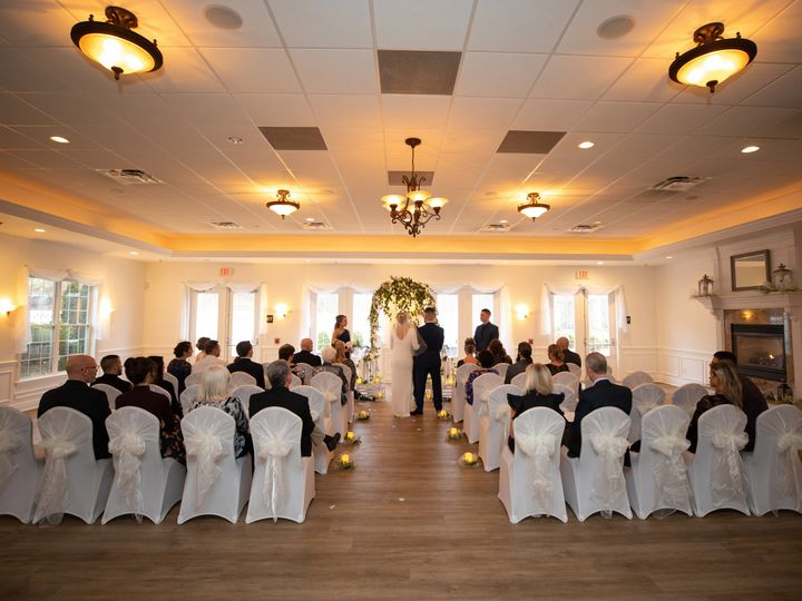 Tmx 9l3a8997 51 328164 159716624963614 Mars, PA wedding venue