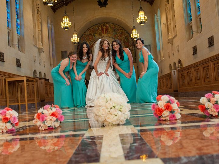 Tmx 1403289884012 Bride With Bridesmaids West Bloomfield wedding florist